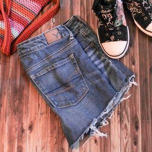 American Eagle Cut Off Denim Shorts 10
